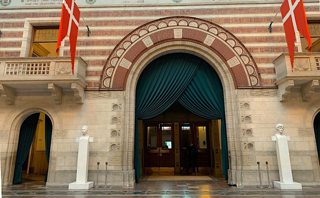 Great Room of Copenhagen City Hall tour